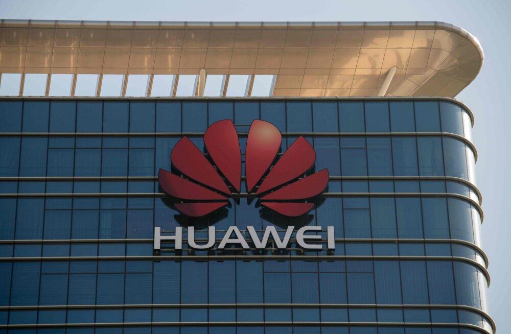 Poolas kinni peetud Huawei töötajat kahtlustatakse luuramises