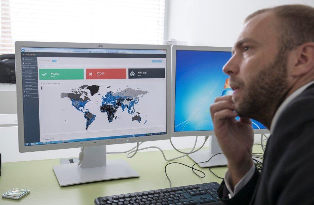 Riigi Infosüsteemide Amet. RIA