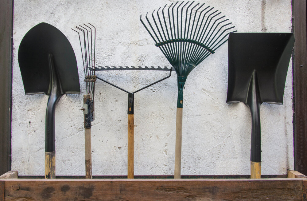 Näpunäited, kuidas hooldada ja hoiustada aiatööriistu
