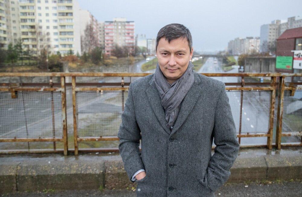 Kõlvart keskendub jätkuvalt punaveteranidele. Ta osaleb Leningradi blokaadi üleelanute mälestusüritusel