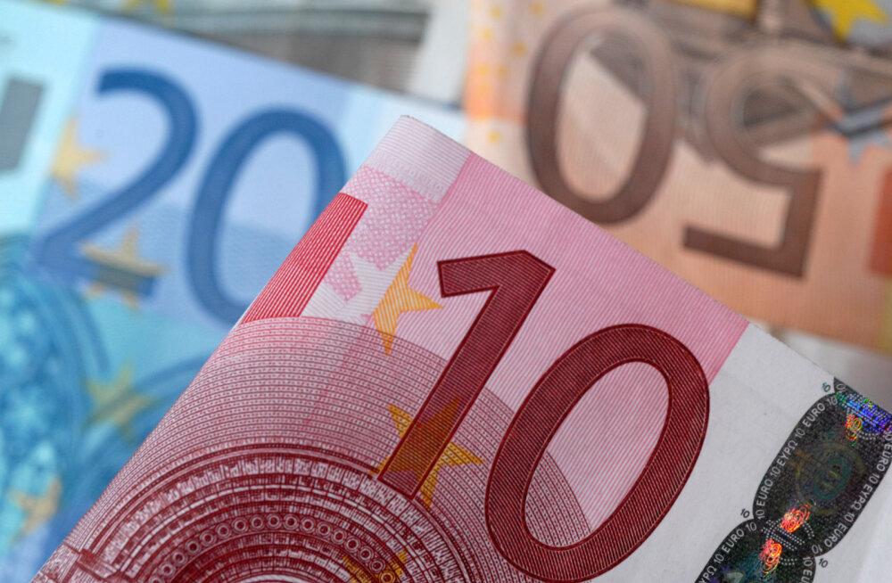 Graafik: kes viivad tegelikult Eestist raha laenudena välja?