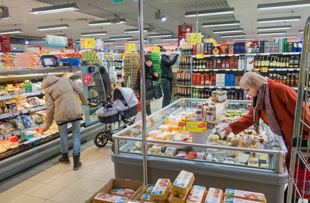 Toidukaup kipub Lätis kallim olema kui Eestis.