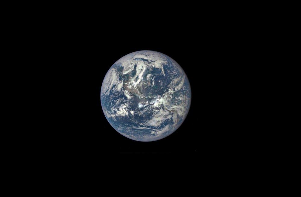 """Teadlased leidsid keemilise """"puuduva lüli"""", mis viis elu tekkeni Maal"""