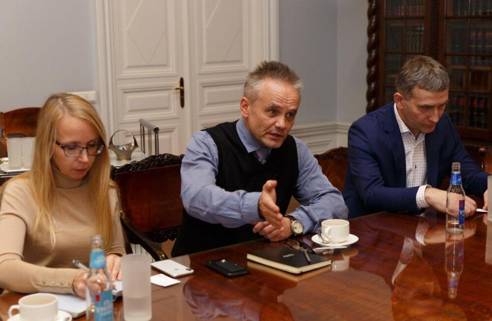 Jüri Ratas, Raivo Hein