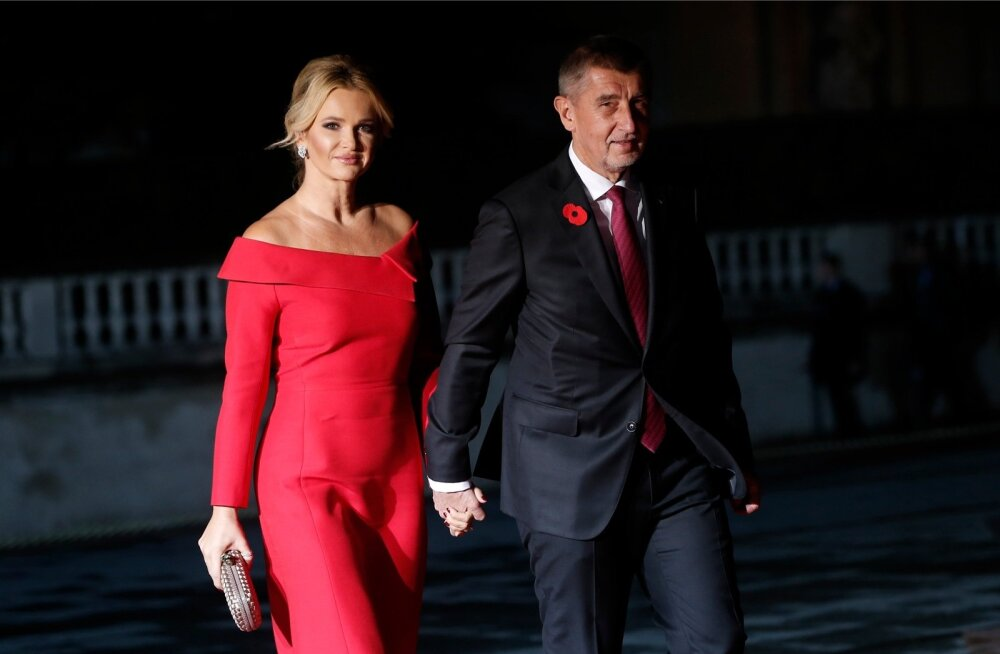 Tšehhi peaministrit Andrej Babišit paistab jälitavat üks skandaal teise järel. Pildil Babiš koos abikaasa Monika Babišovága, kes on samuti mehe äritegevuses rolli mänginud, möödunud nädalavahetusel Pariisis Esimese maailmasõja mälestusüritusel.