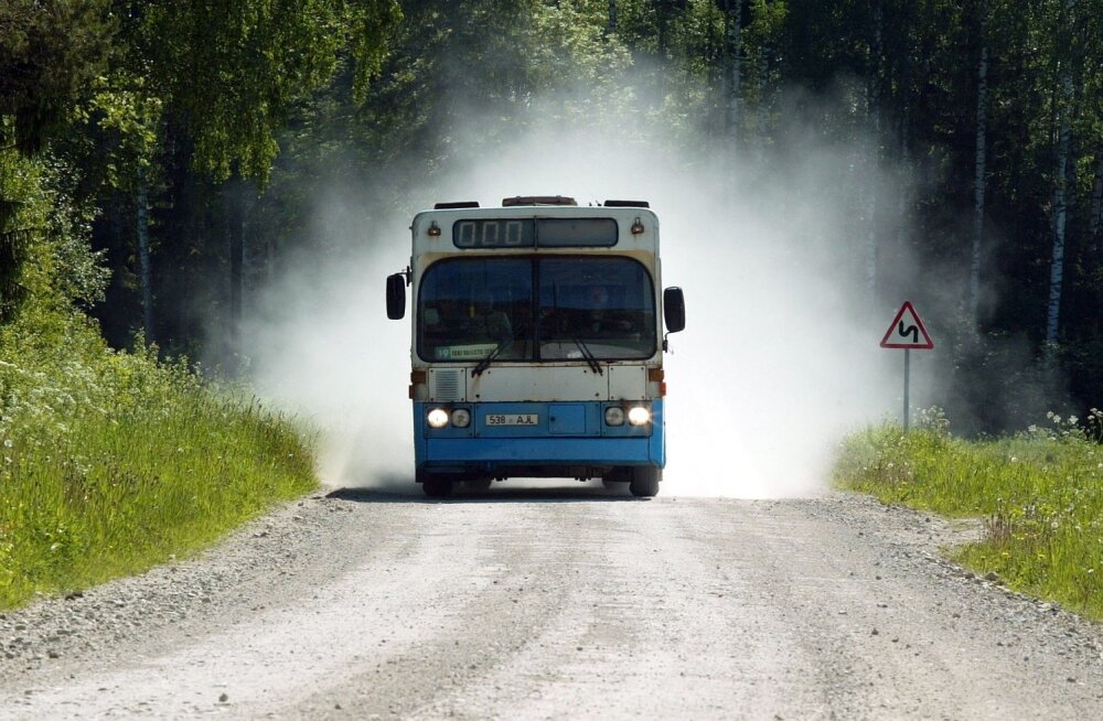 Simson: tasuta bussid kõigile seni doteeritud liinidele. Seeder: mingit kokkulepet ei ole
