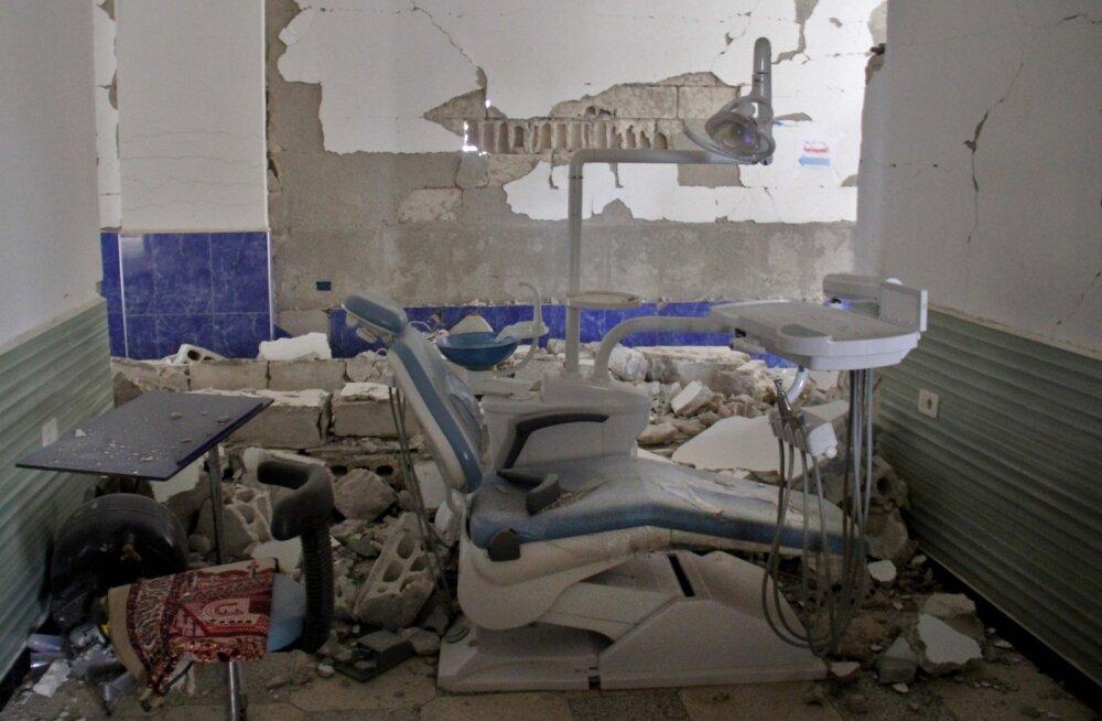 Süüria aktivistide teatel sai Idlibi provintsi õhurünnakutes pihta kaks haiglat