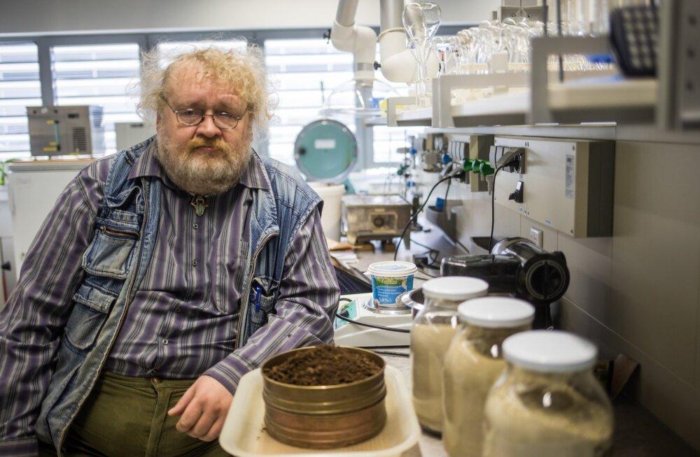 Turpsi leiutanud keemiadoktor Jüri Liivi hinnangul on turvas ideaalseks tooraineks kõikvõimalike väga suure lisandväärtusega toodete tootmiseks.