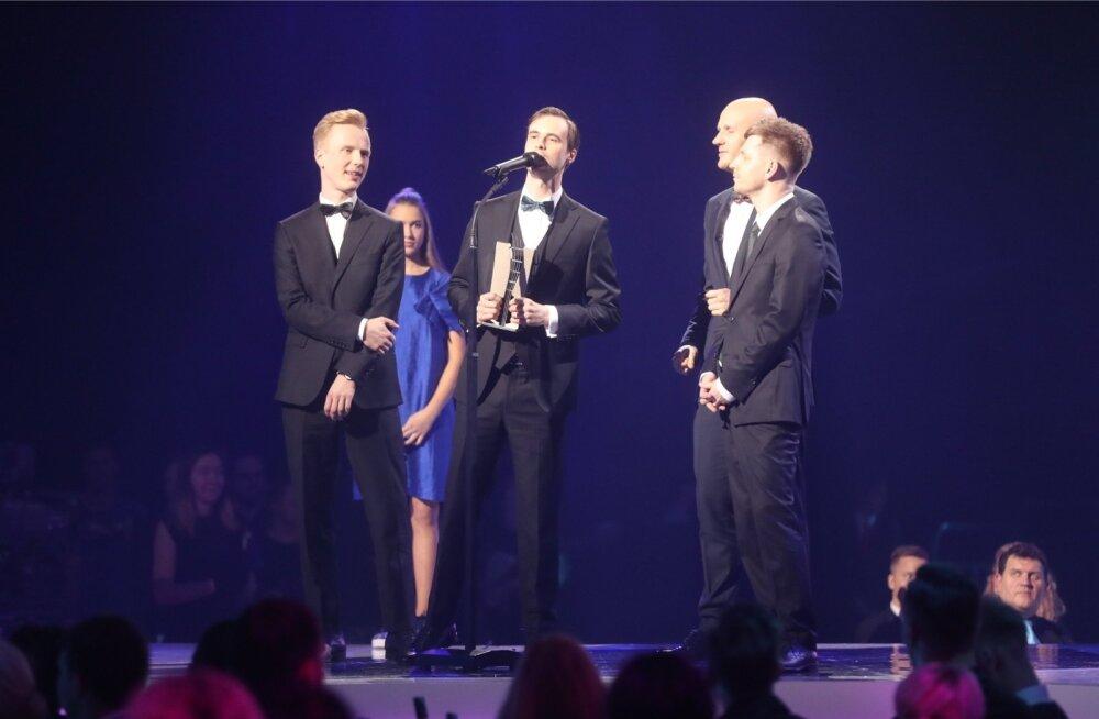 Marten Kuningal ja tema ansambli Miljardid liikmetel tuli eile mitu korda lavale minna.