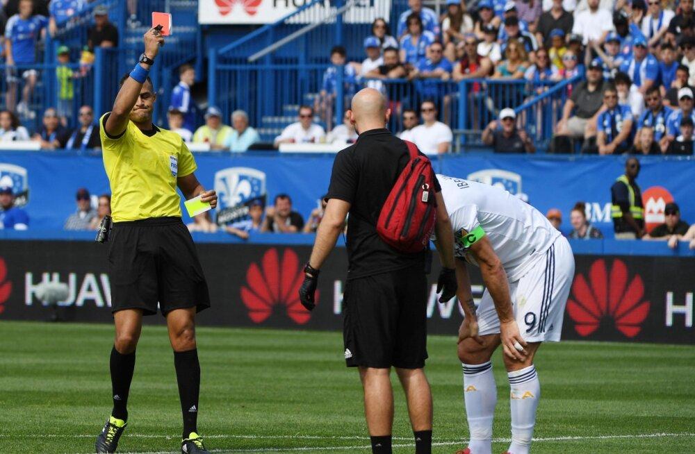 VIDEO | Ibrahimovic jäi videokohtunikule vahele ja sai punase kaardi