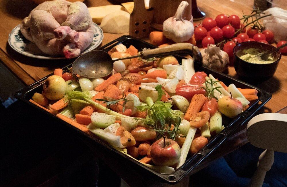 Õhtusöök Keskmaa kokaraamatute järgi