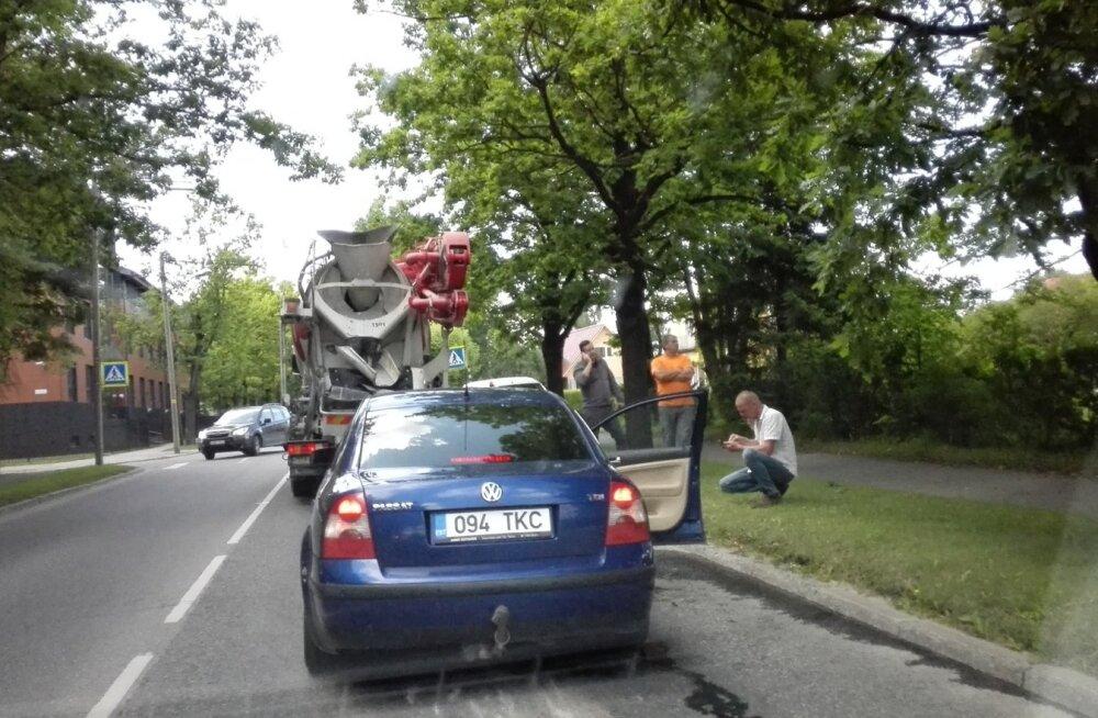 Liiklusõnnetus Tartus Puiestee ja Liiva tänava ristmikul