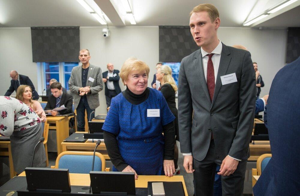 Tallinna linnavolikogu esimene istung