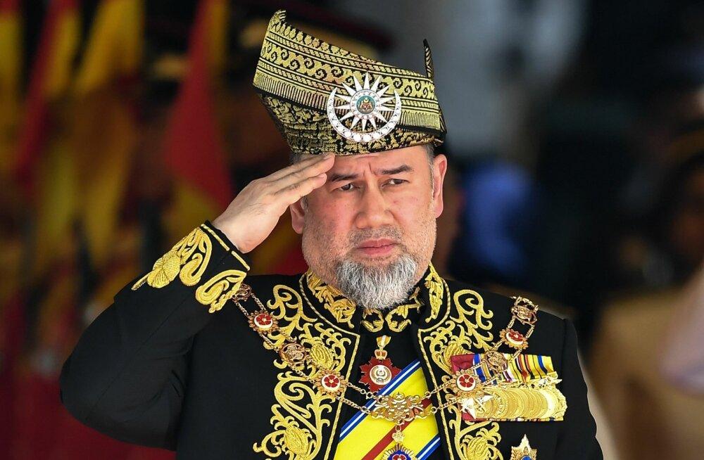 Malaisia kuningas loobus pärast väidetavat abiellumist vene iluduskuningannaga troonist