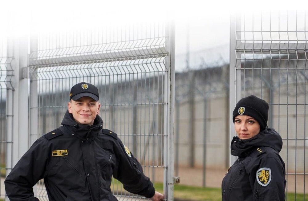 Vanglateenistus avab tee trellidetagusesse maailma.