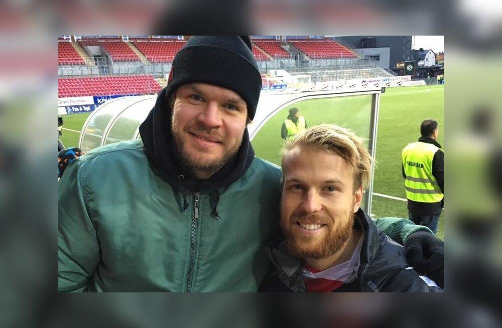 Siim Liivik ja Eesti jalgpallikoondise ründaja Henri Anier. Kas peagi kuuluvad mõlemad oma alal Eesti koondisse?