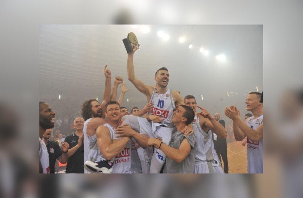 Podgorica Buducnost tähistamas Aadria liiga võitmist.