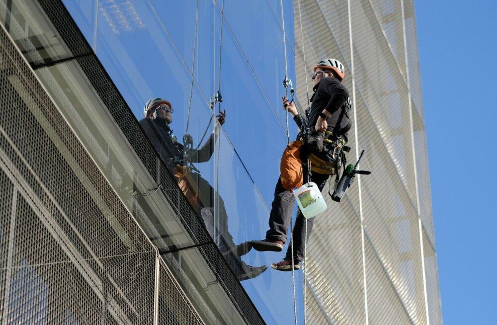 Võimalik, et kõrghoonete akna pesija töö aitab tal rahuldada sisemisi vajadusi - näiteks ületada kõrgusekartust.