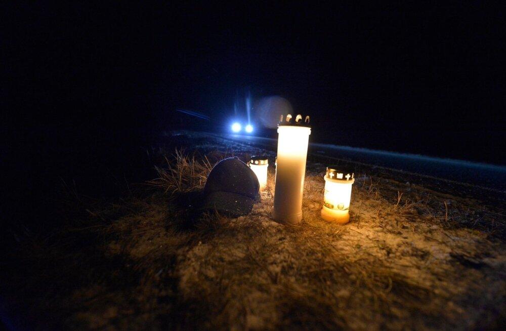 Liikluses hukkus üks inimene ja sai viga üheksa; vahele jäi kuus napsitanud juhti