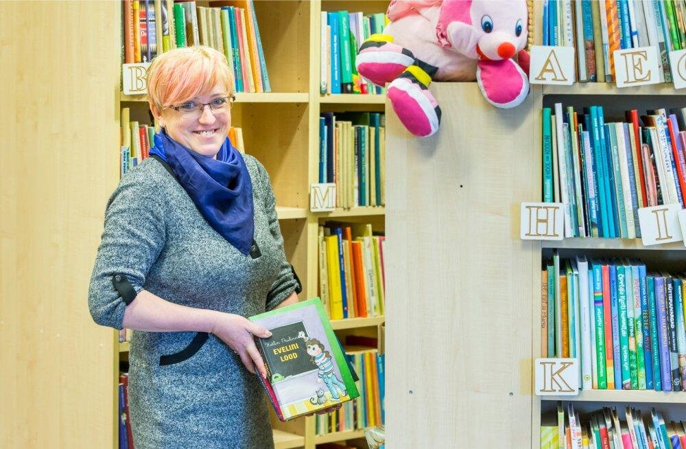 Anu Ots on raamatukogus põhjalik ja süsteemne, teeb palju koostööd koolidega.
