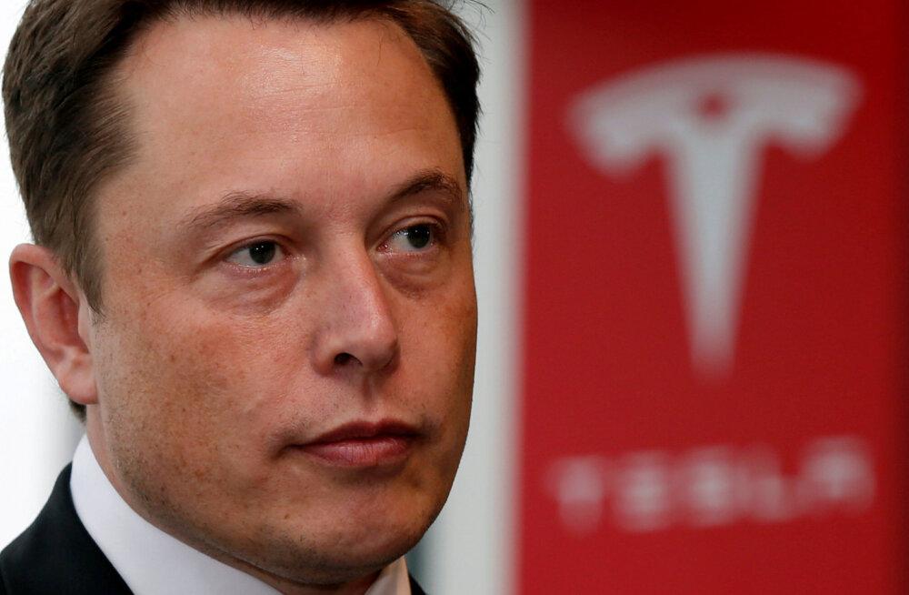 Tesla kui autotootja liigub surnuaia poole (arvab konkureeriva tootja kunagine tippjuht)