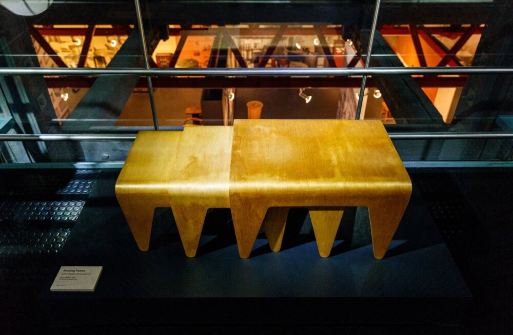 """Näituse """"Luther ja Isokon. Teedrajav arhitektuur ja vineermööbel"""" avamine"""