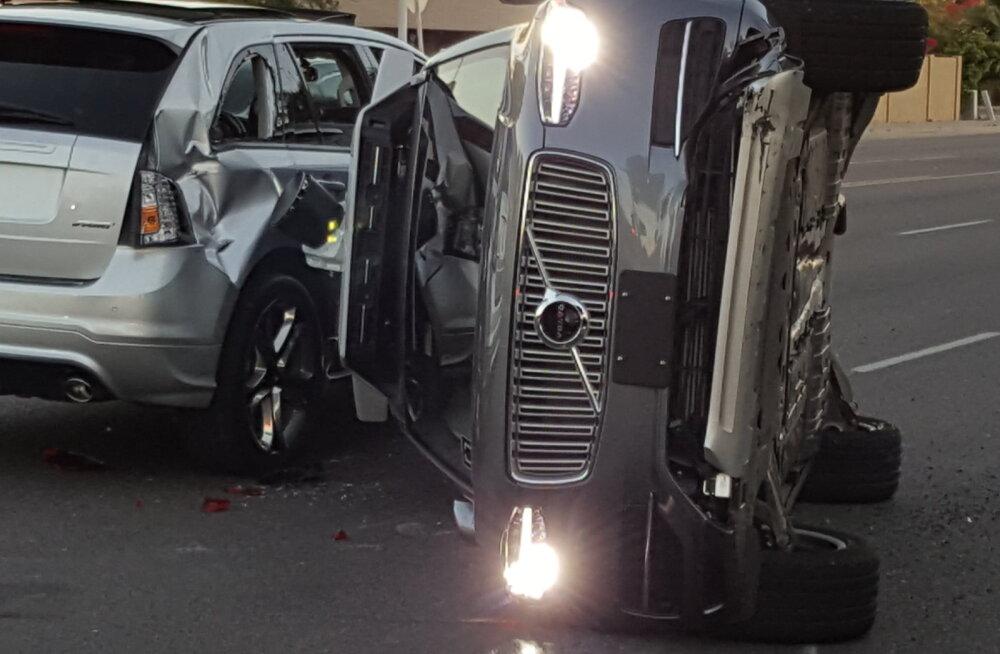 Uber tahab juhtide nutitelefonidest teha automaatsed avariidetektorid