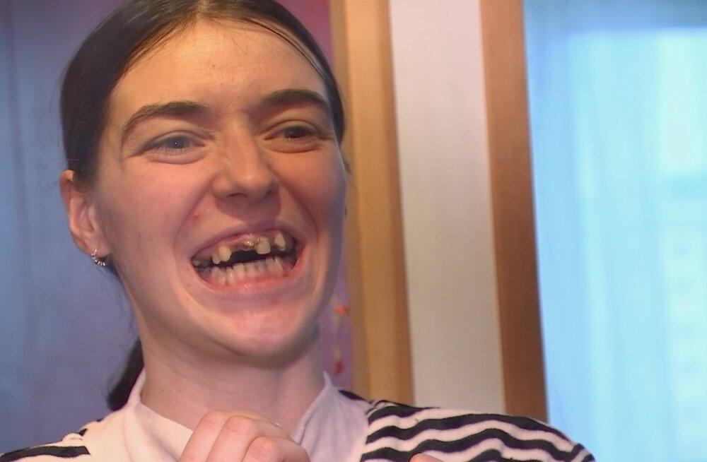 Imeline muutumine: hambutust noorest naisest saab muutumissaates tõeline kaunitar!