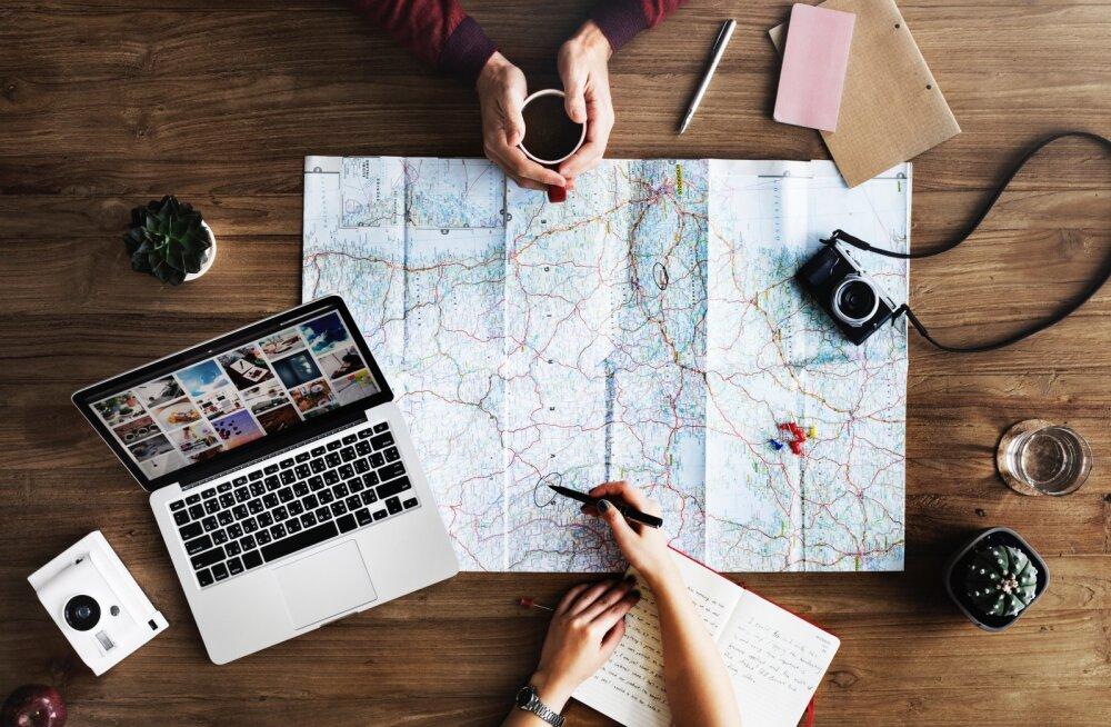 SÄÄSTA RAHA: 15 mõistlikku nippi, kuidas reisides raha kokku hoida