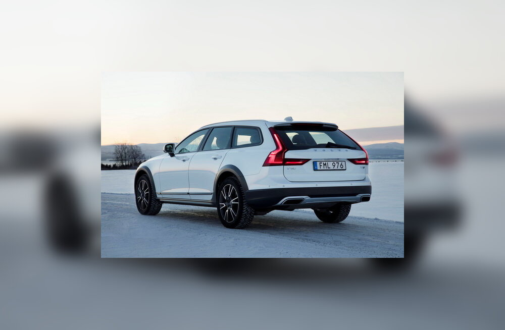 Volvo V90 Cross Country: Ruumikas universaal, mis panustab mugavusele ja rikkalikule varustusele