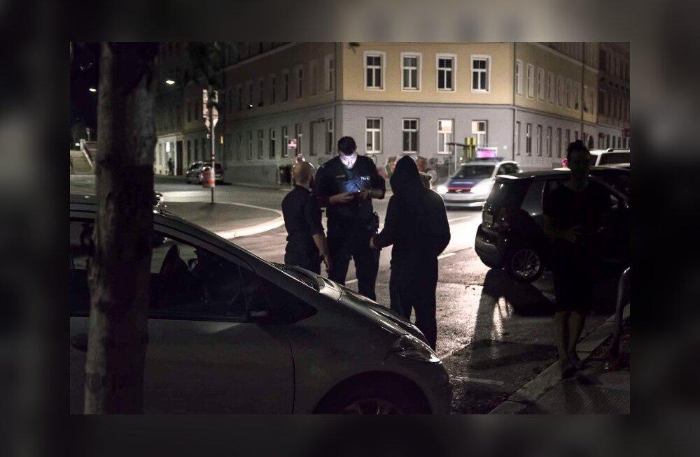 FOTOD | Edward von Lõngus sattus Viinis kolme politseiekipaaži huviorbiiti
