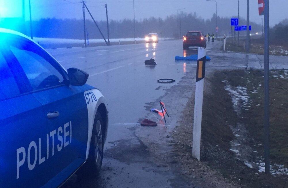 Eile hommikul hukkus Tallinn-Rapla-Türi maanteel juhtunud liiklusõnnetuses naine. Üldiselt on aga liikluspilt tänavu olnud rõõmustav.