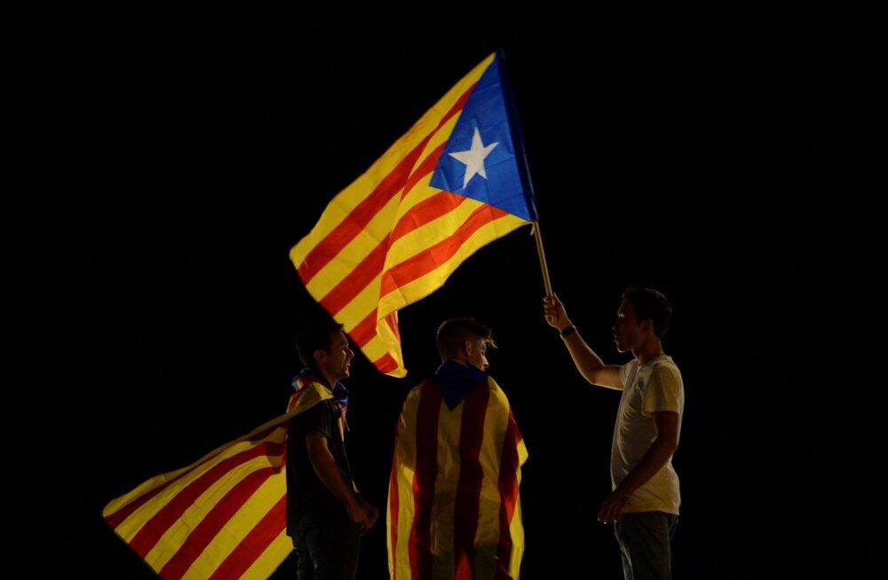 Kataloonia valitsus lubab kuulata enda rahva tahet, mitte Madridi