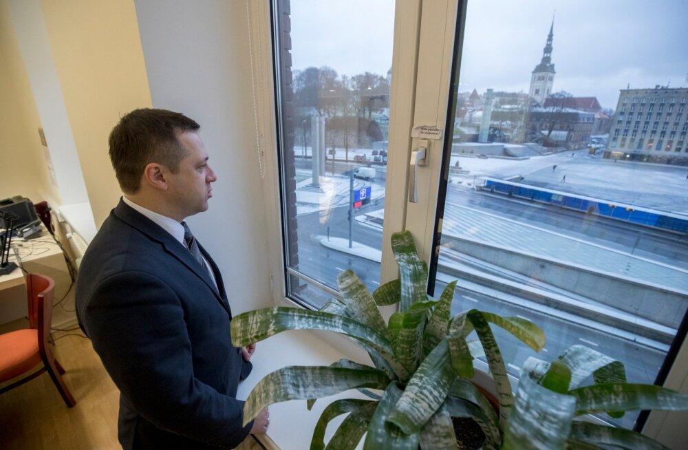 Varasem Kristiine linnaosa vanem Vadim Belobrovtsev on nüüd kolinud linnavalitsuse neljandale korrusele.
