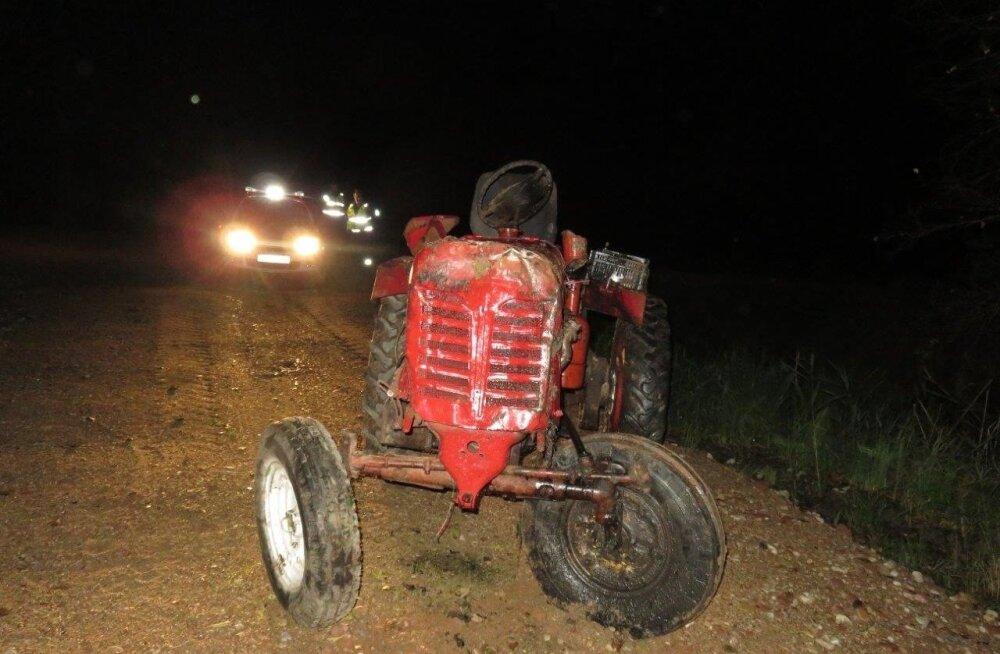 Traktoriõnnetus Viljandimaal