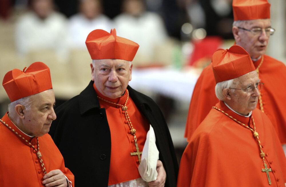 Orgiat pidanud narkouimas kirikuisad saadeti võõrutusravile ja patte kahetsema