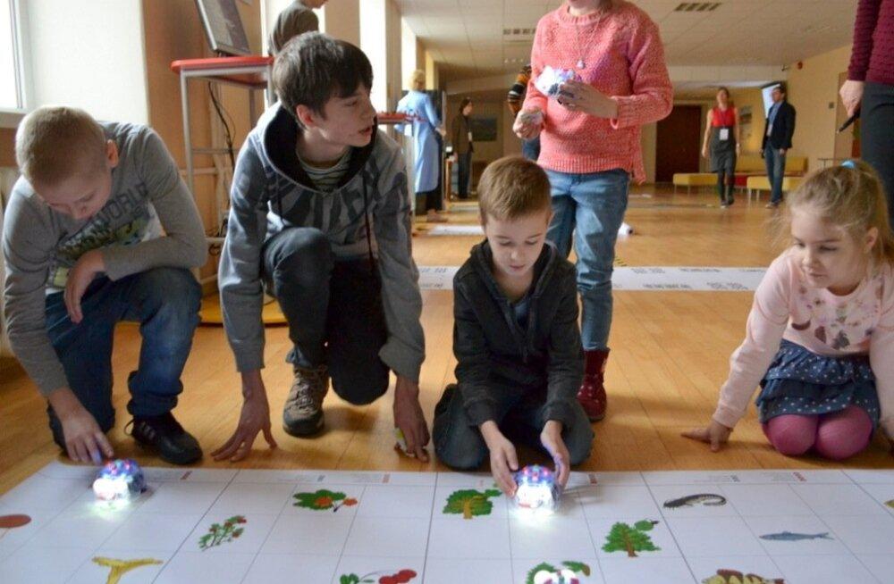 ФОТО: В Вирумааском колледже Кохтла-Ярве прошел День изобретателя