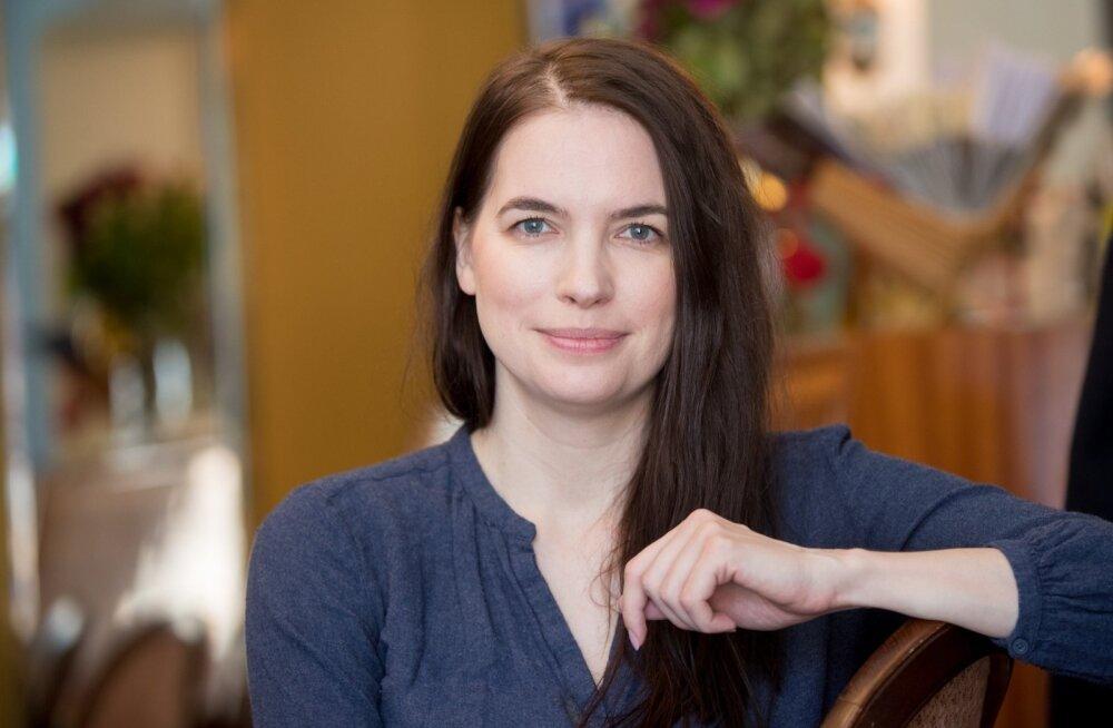 Uuel plaadil esitab Liisi Koikson esmakordselt enda kirjutatud lugusid.