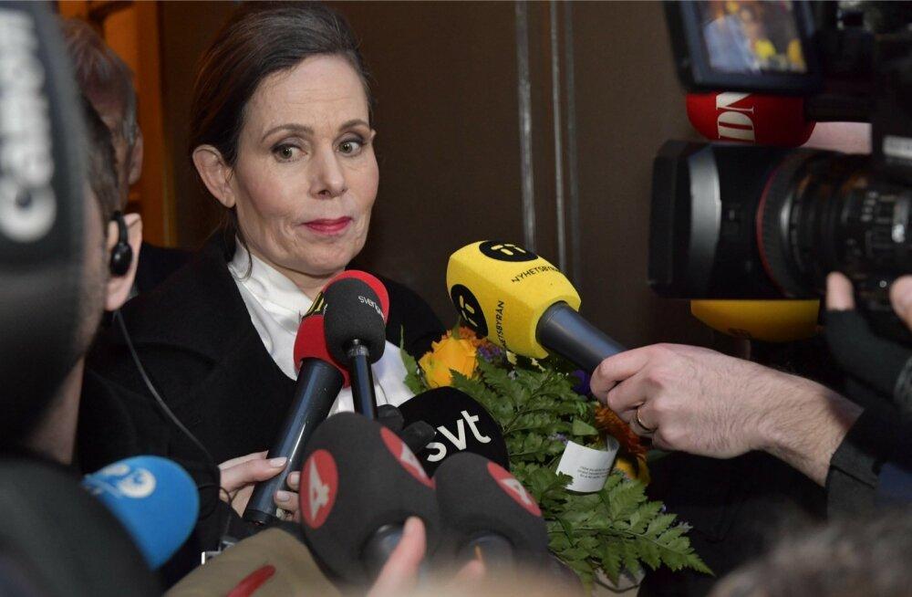 Rootsi akadeemia juhi kohalt taanduma sunnitud Sara Daniust peetakse akadeemia reformijaks ja tänapäevastajaks.