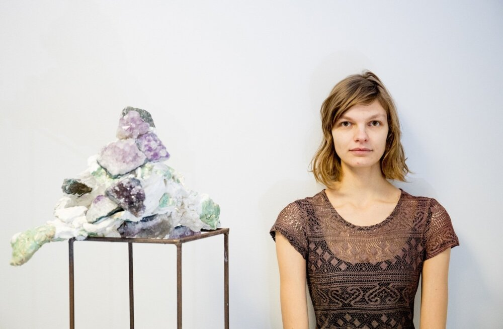 Kristino Ravi skulptuur sümboliseerib koormat, mida kunstnik sünnitusjärgselt tundis.