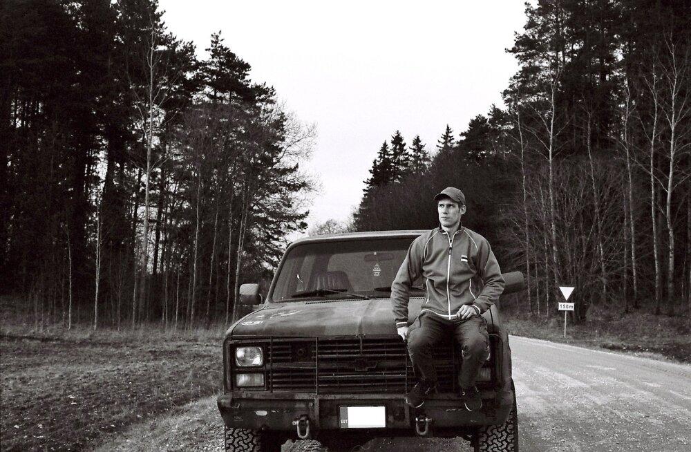 Ajateenistuses Võrus Kuperja-novi pataljonis käis Mihkel Puusepp suure huviga noorem-ohvitseride kursusel. Seejärel läbis mitu Kaitseliidu koolitust, viimati kompaniiülema omad, viie aasta eest sai leitnandi auastme.