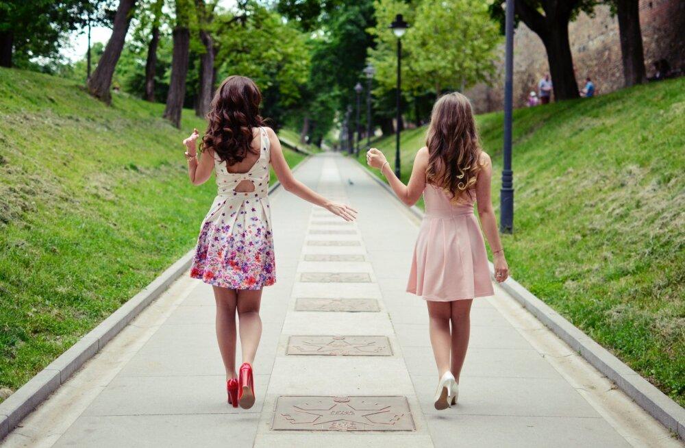 Naine on armukade: miks mees oma sõbrannadele rohkem tähelepanu pöörab kui mulle?