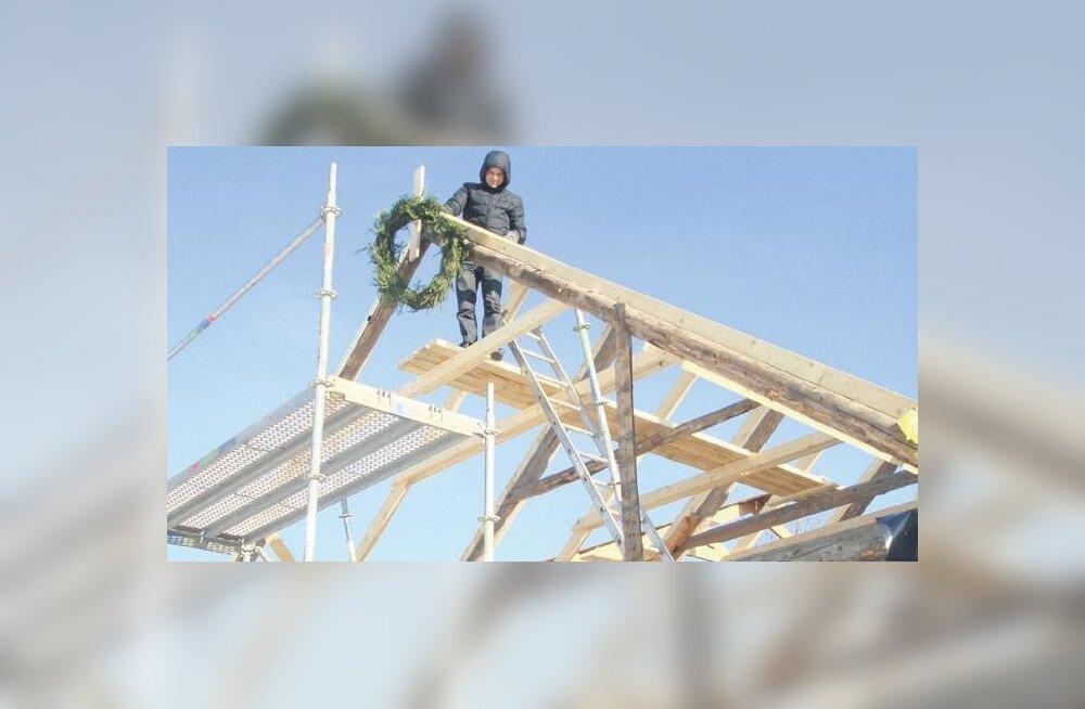 Vahastu rahvamaja ehitus edeneb
