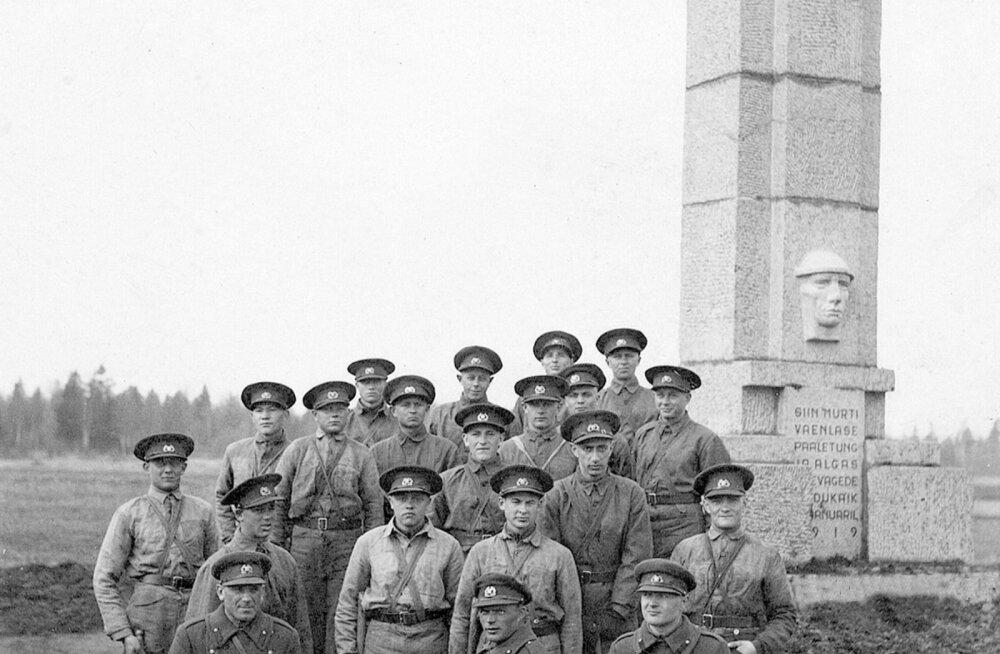 Kevadtormil osalejad liituvad homme talgutega Vabadussõja ühe tähtsama murdelahingu mälestussamba juures