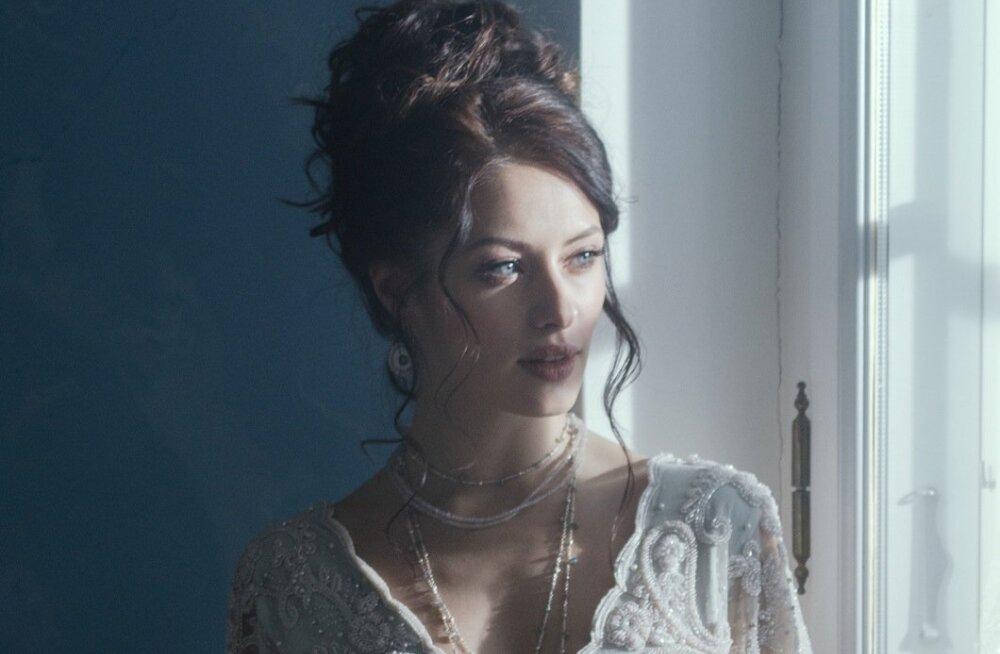 Ingrid Margusel on juba enne lavakooli lõppu ette näidata hulk filmi- ja seriaalirolle.