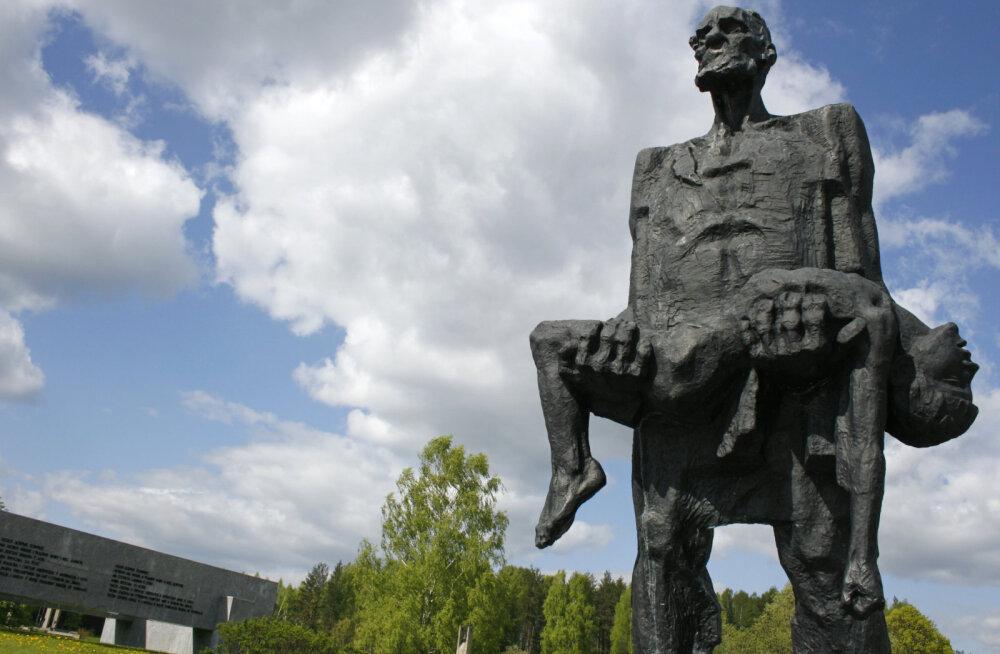 Звенящая тишина Хатыни: деревня, которую вот уже 75 лет не найти на карте