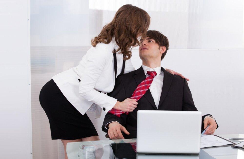 Как понять что парню от тебя нужен только секс