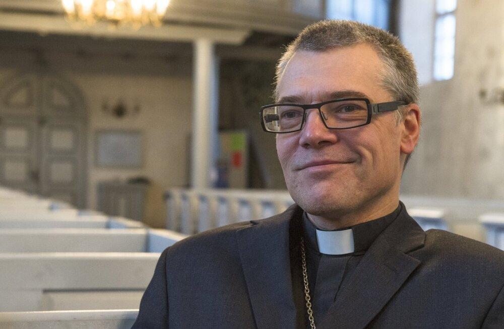 ВИДЕО DELFI: Священник церкви Халлисте поделился необычными деталями свадьбы Ильвеса и Купце