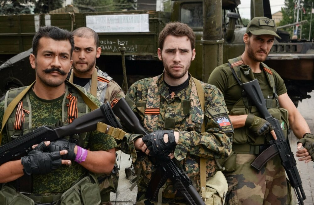 Prantsuse vabatahtlikud 2014. aasta augustis Donetskis, vasakult esimene on Victor Alfonso Lenta.