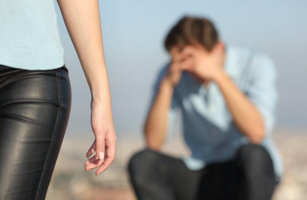 Naisteka lugeja: täiskasvanud naisel võiks nii palju julgust olla, et suhe näost näkku lõpetada